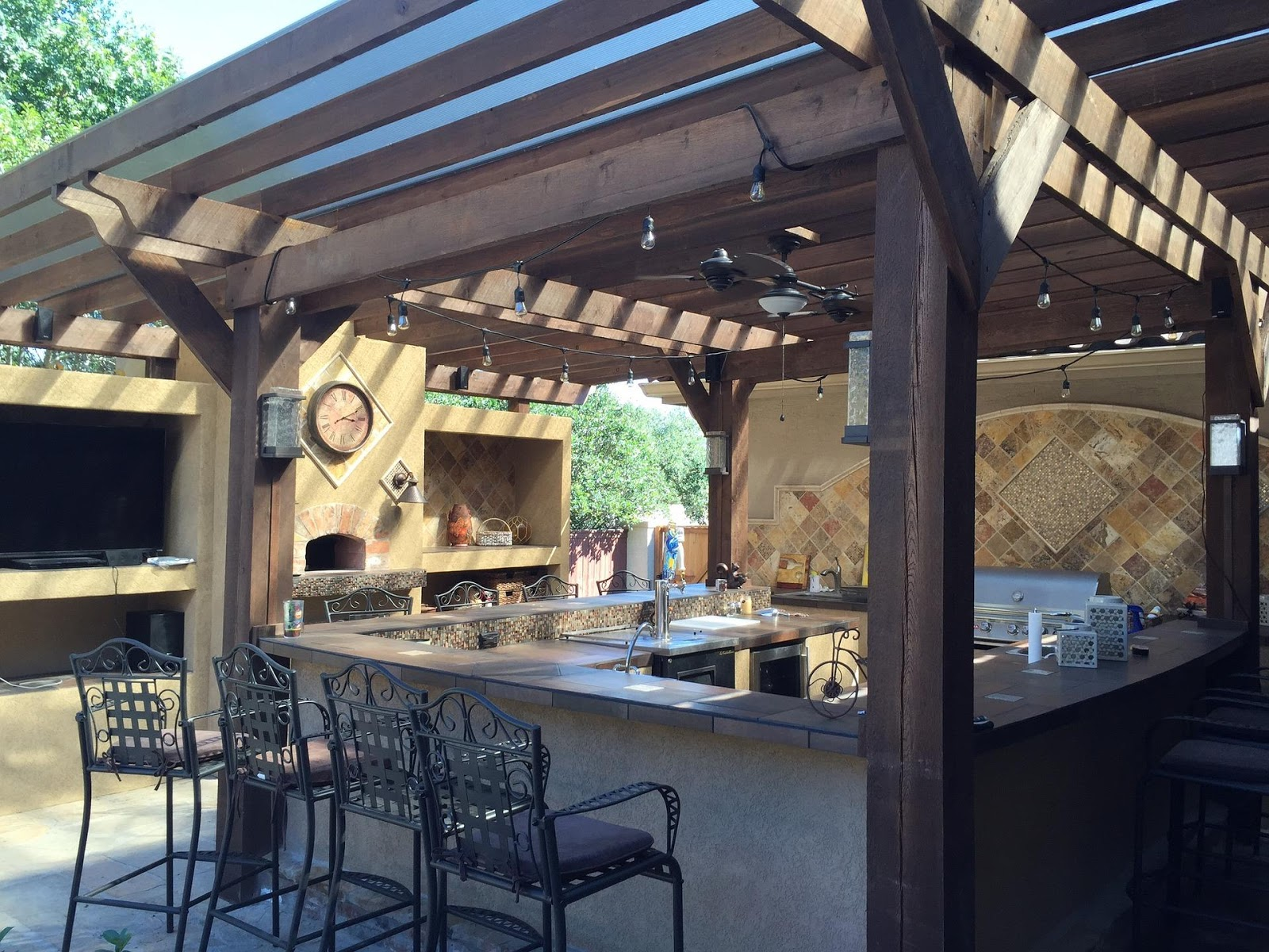 How To Build an Outdoor Kitchen on a Budget
