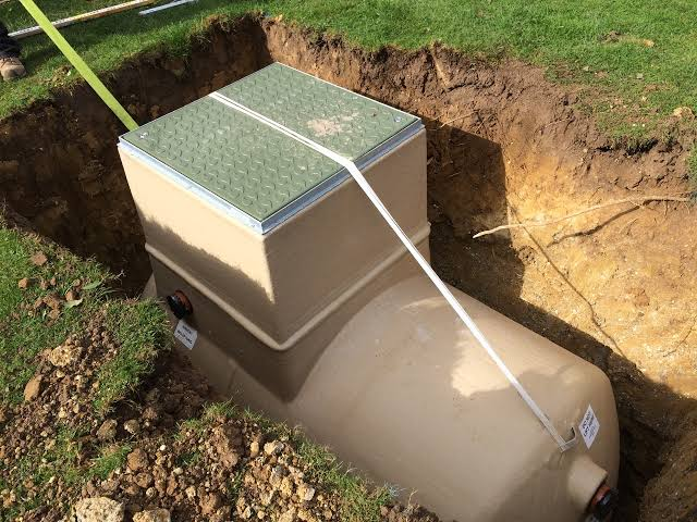 Signs Your Septic Tank Needs Service